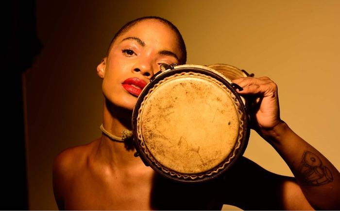 Master class la place des femmes dans la musique cubaine for Musique piscine